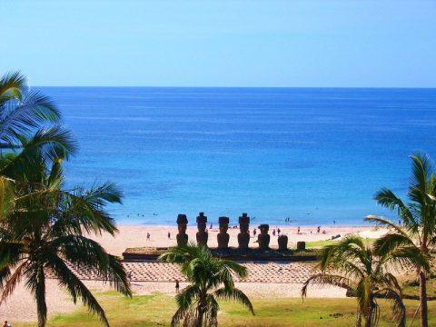 camping en la Isla de Pascua - Playa Anakena