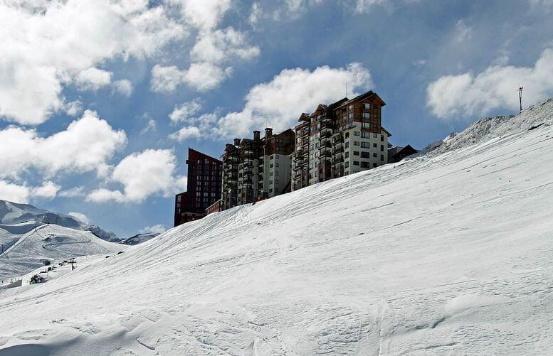 valle nevado dentro de los lugares turísticos de Chile